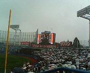 雨の早慶戦